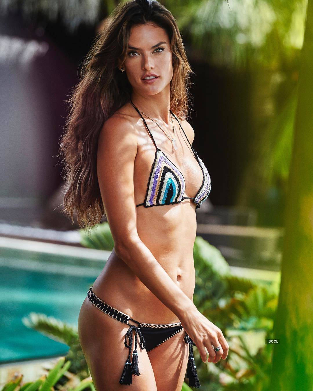 Alessandra Ambrósio ups the glam quotient with her bewitching photos