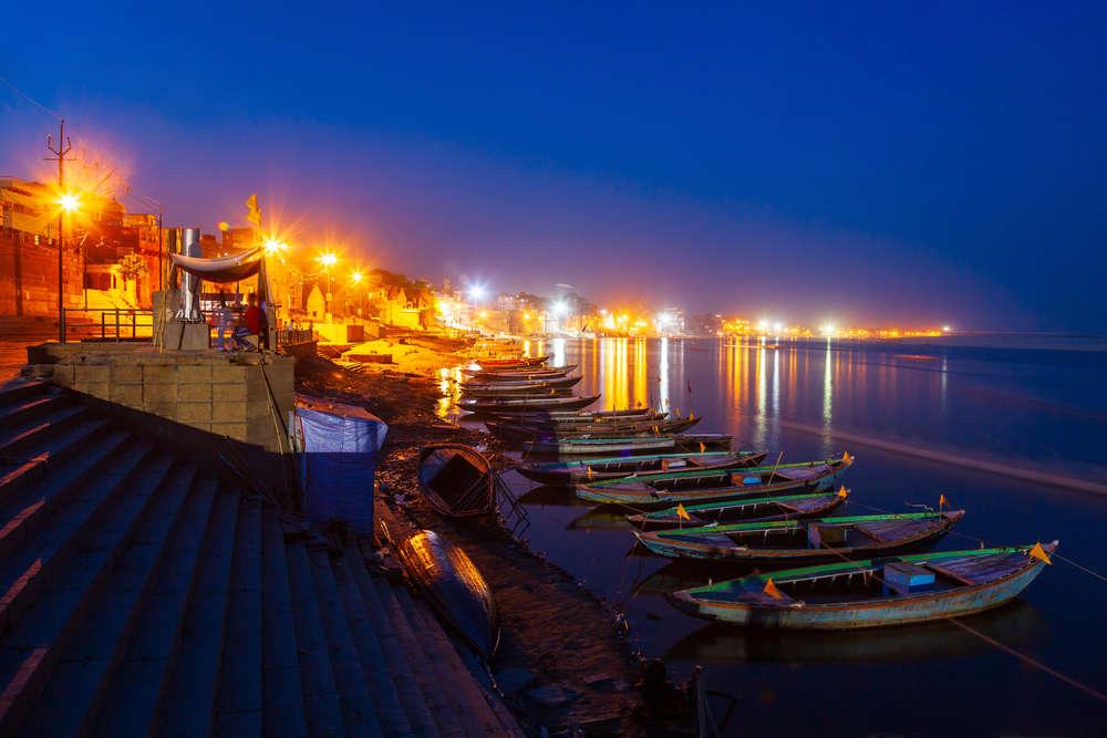 Varanasi under absolute curfew today as Coronavirus cases rise in ...