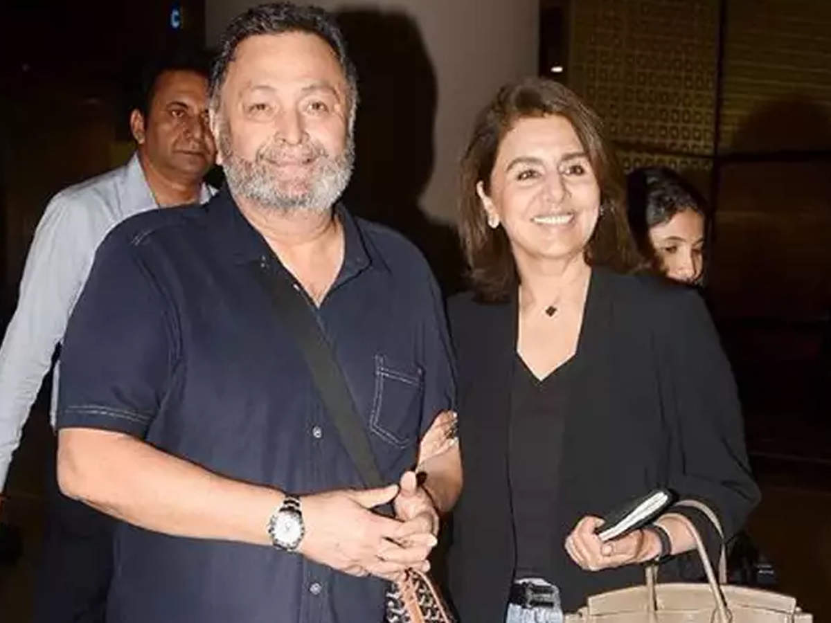 Rishi Kapoor returns to India