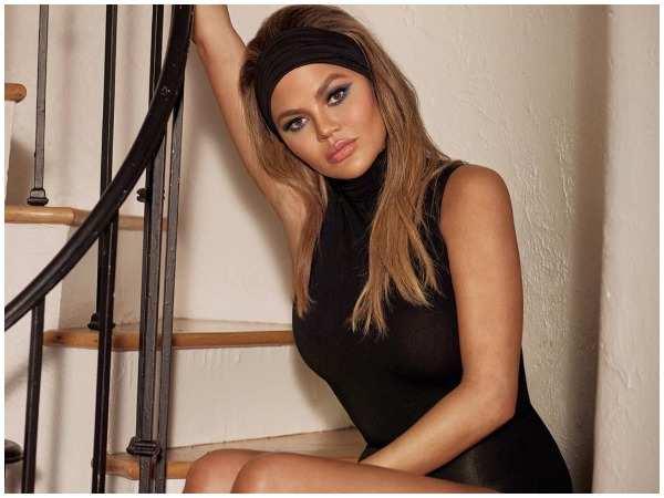 Model Chrissy Teigen