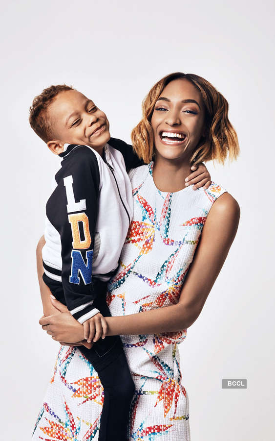 30 Most Stylish Model Moms