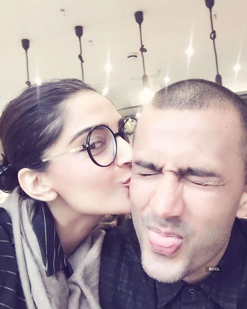 Here's the expensive anniversary gift Sonam Kapoor got from Anand Ahuja, see pictures