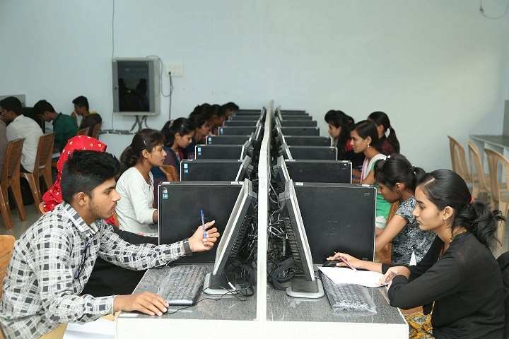Building IT infrastructure in villages as important as roads and electricity: AICTE chairman