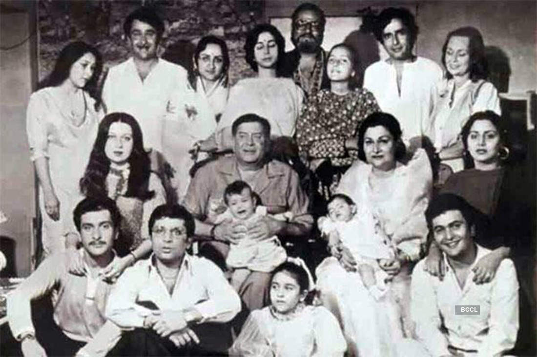 Kal Aaj Aur Kal, the Kapoor family through the years...