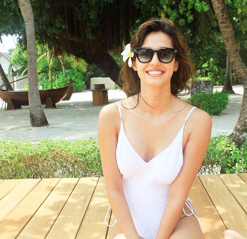 Disha Patani is making heads turn with her ravishing pictures