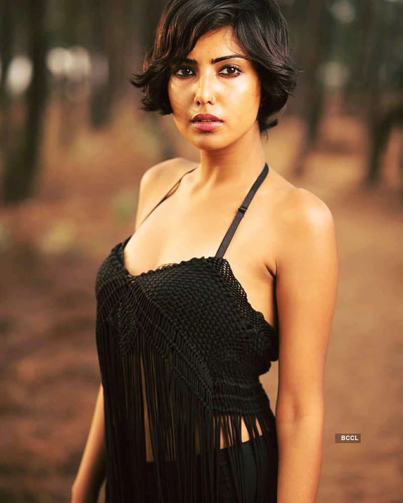 Teena Singh is raising temperatures with her glamorous pictures