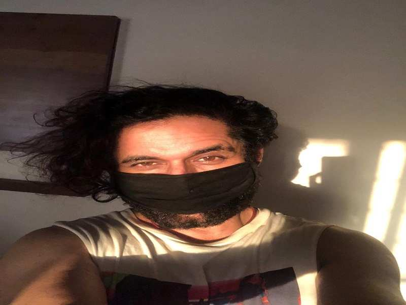 Rohit is also making masks at home