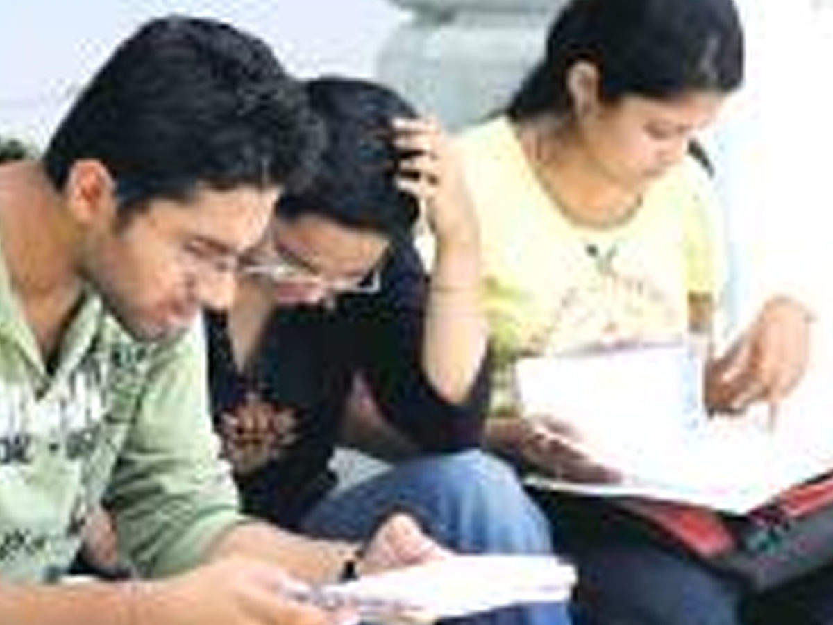 UGC asks institutes to consider alternative methods for fee payment