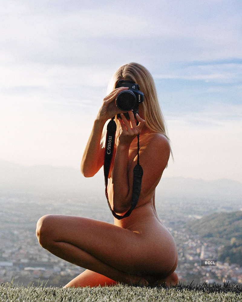 Viral pictures of this yoga girl are breaking the internet