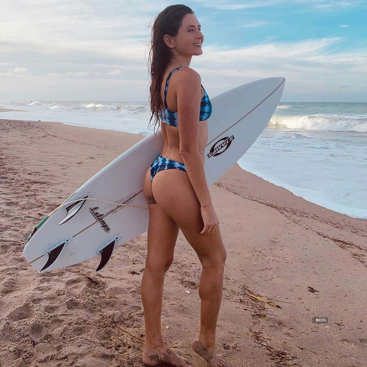 These gorgeous pictures of surfer Anastasia Ashley will make you want to hit the beach