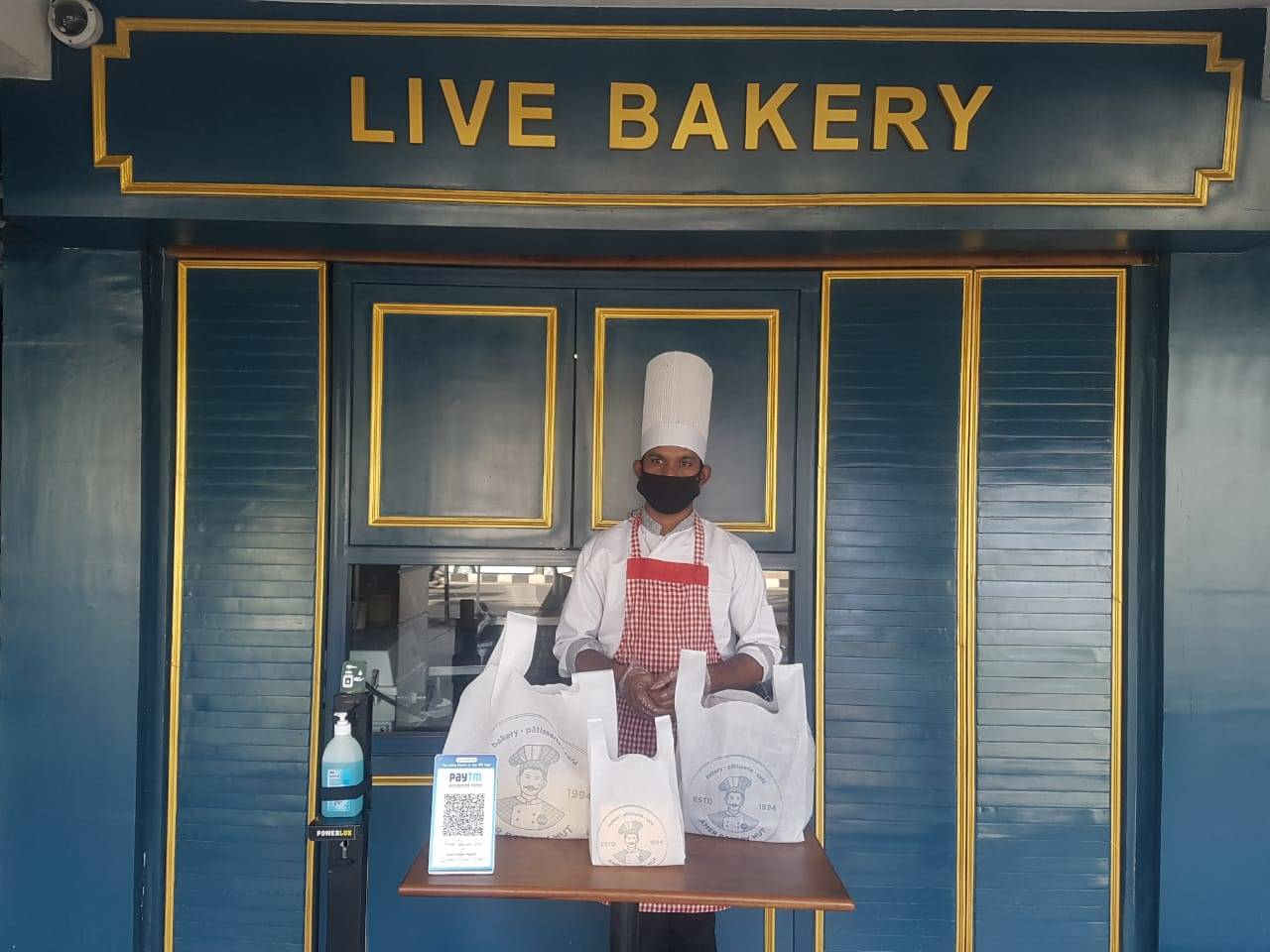 This is how take away is working at Gushaan Singh's outlet.