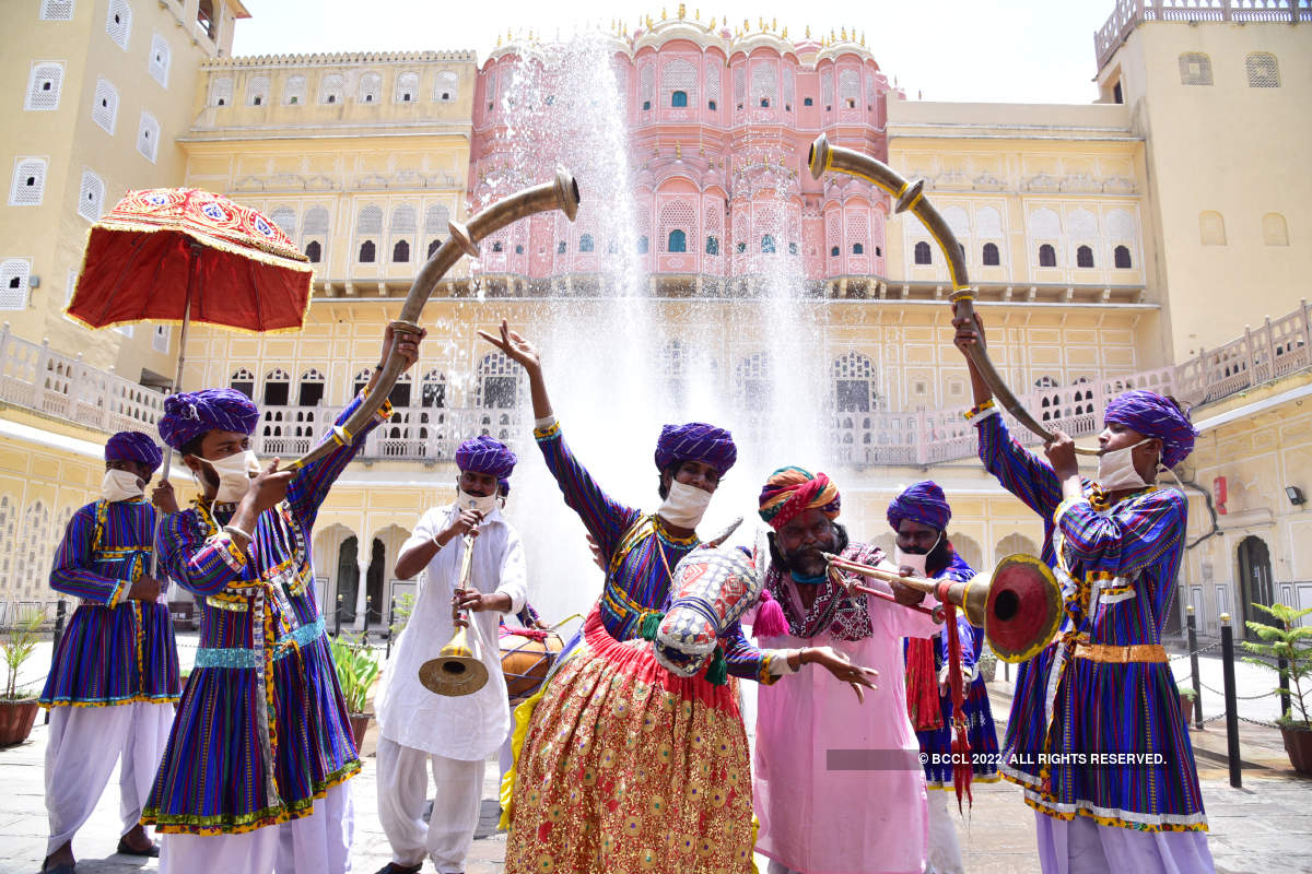 Rajasthani folk artists  perform for the first time post lockdown