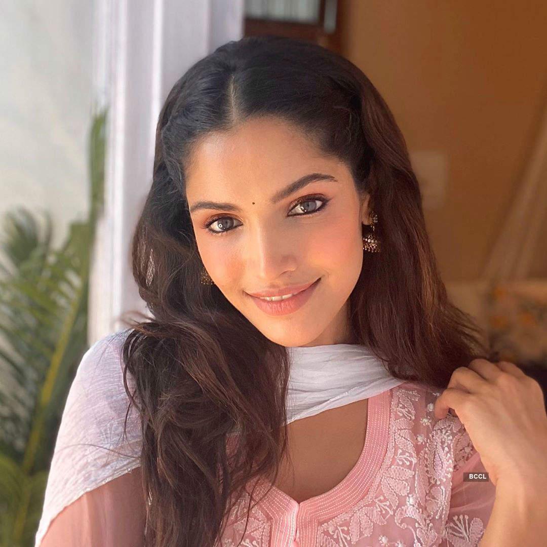 Vartika Singh's touch of pink blush