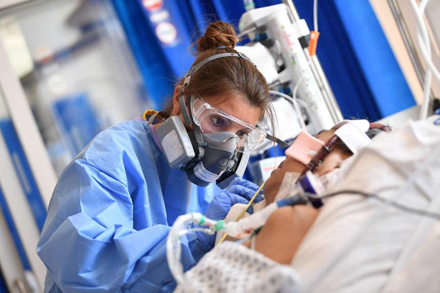 Coronavirus death toll crosses 50,000 in UK