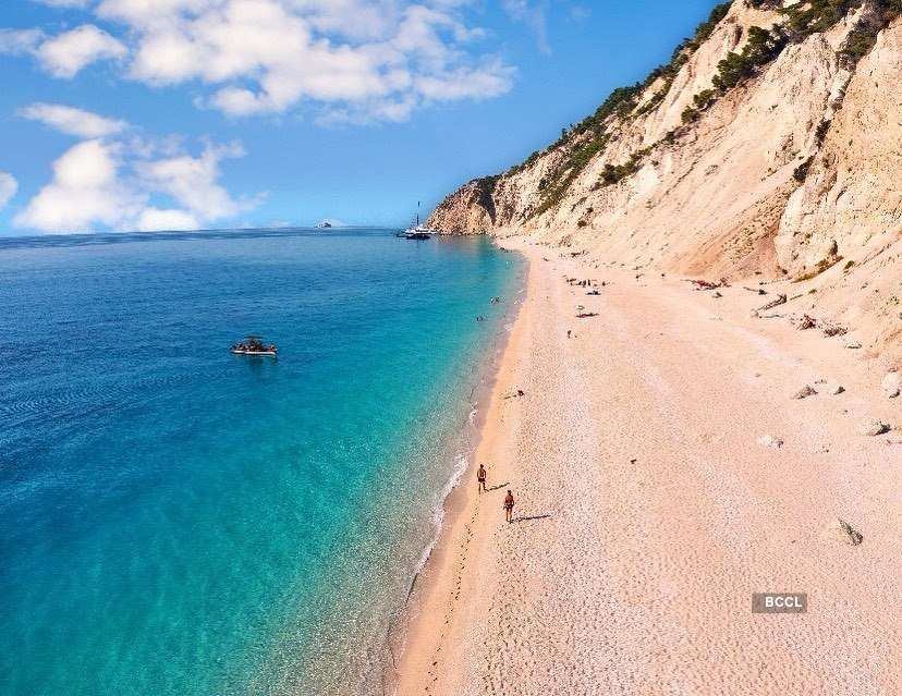 20 beaches around the world with the clearest water