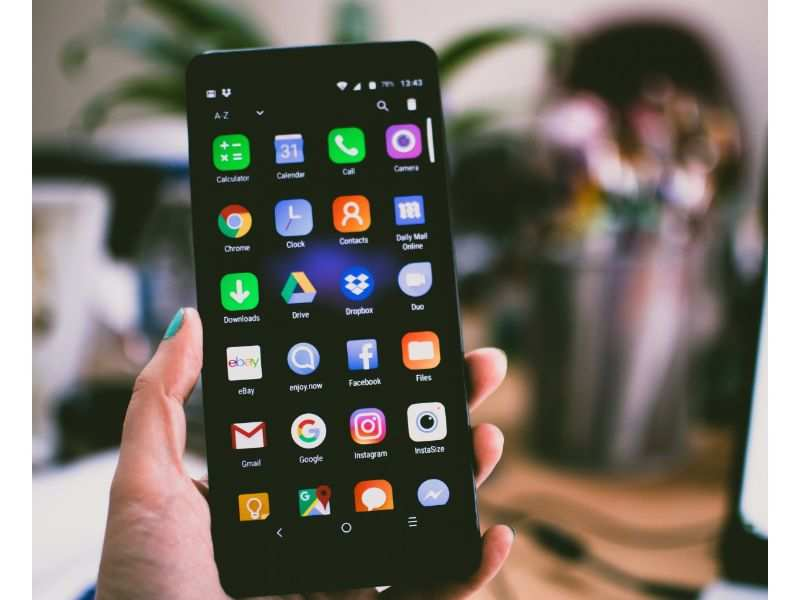 Android smartphone users, Google has removed these 36 camera apps and you should delete too