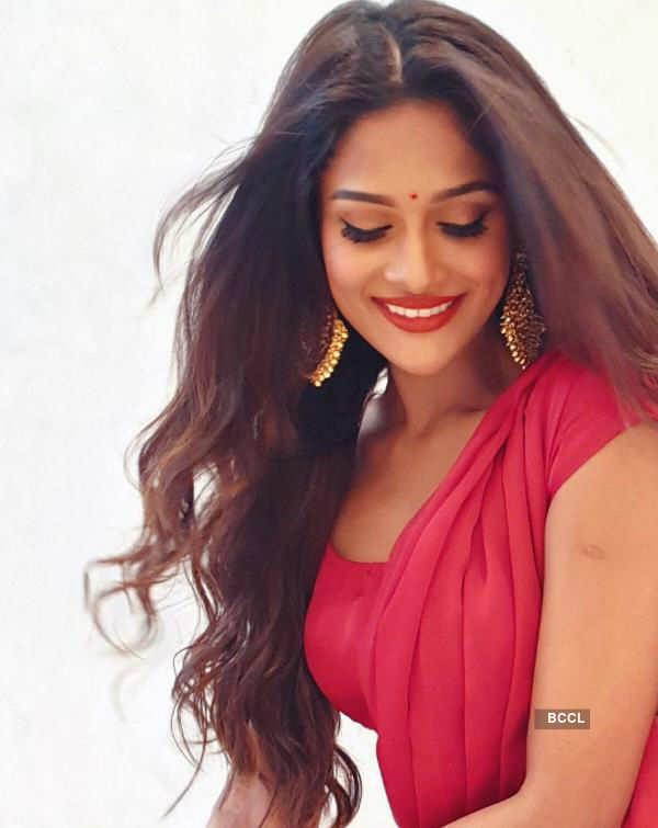 Sushrii Shreya Mishraa's elegance that never goes out of style