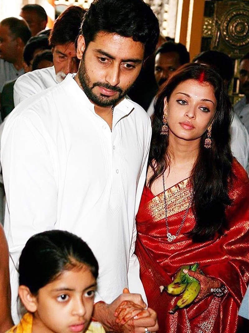 Unseen pictures of Abhishek Bachchan & Aishwarya Rai from their post wedding rituals