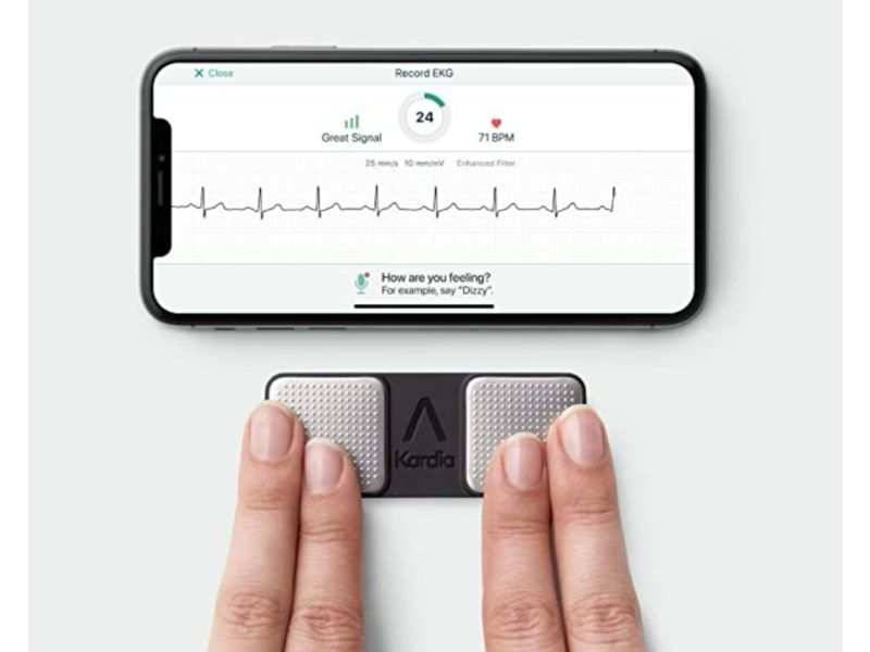 7 essential medical gadgets that you may want to keep handy