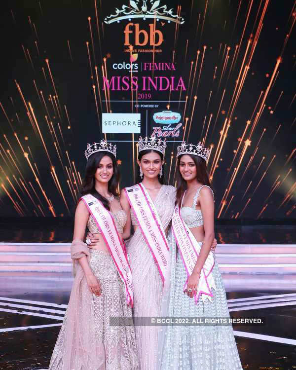 #AnniversarySpecial: Femina Miss India 2019 glorious crowning moments
