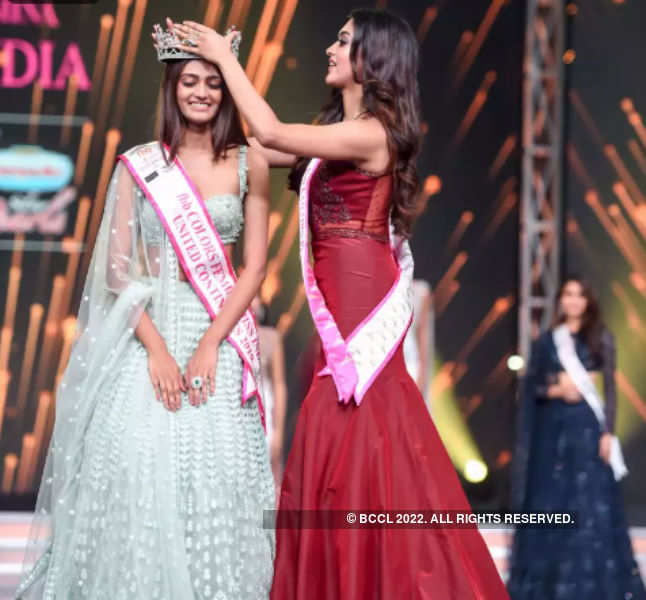 It's a year to your glorious reign: Femina Miss India United Continents 2019 Shreya Shanker