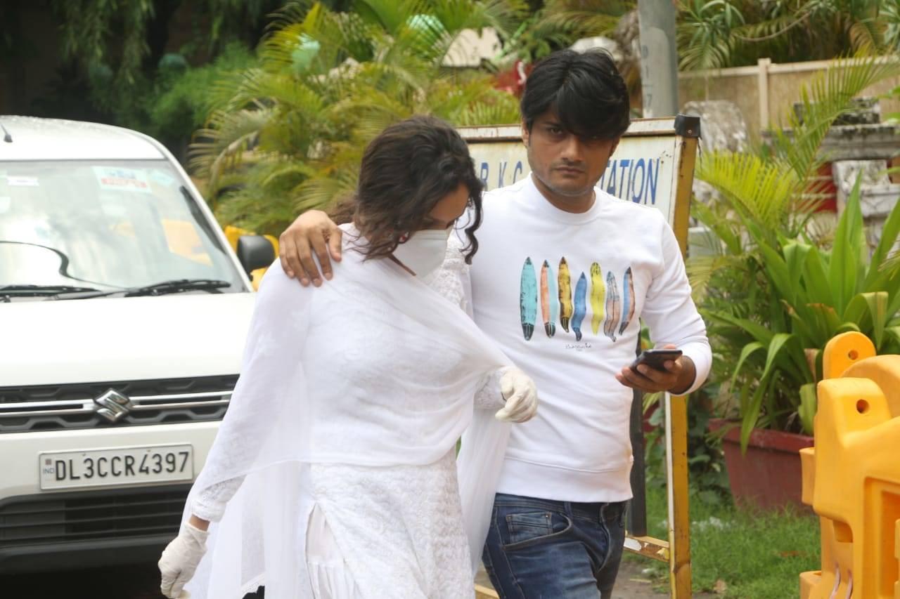 Ankita Lokhande visits Sushant Singh Rajput residence