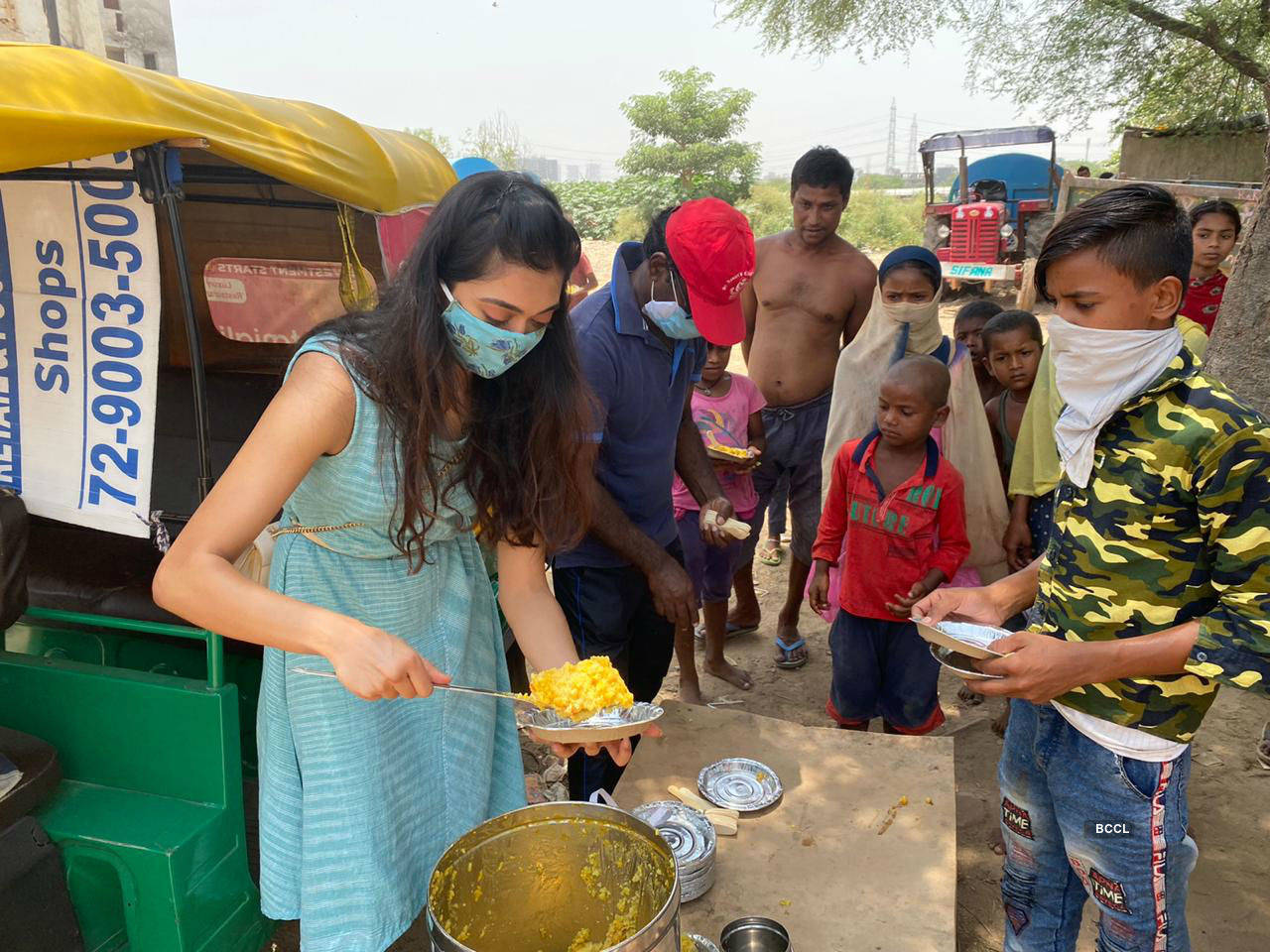 """Gayatri Bhardwaj: """"If every privileged household goes out and does their bit, nobody will sleep hungry"""""""
