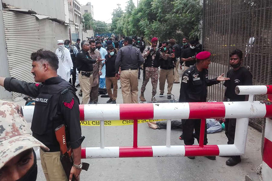 At least 11 killed in terrorist attack on Pakistan Stock Exchange