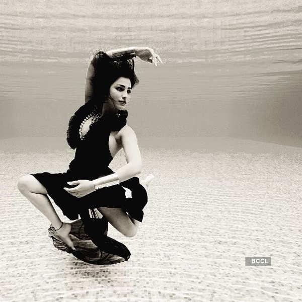 New underwater photoshoot pictures of Shruti Haasan go viral...