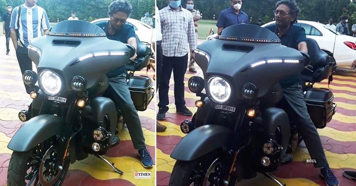 Pictures of Chief Justice of India Sharad Arvind Bobde on Harley Davidson superbike go viral...