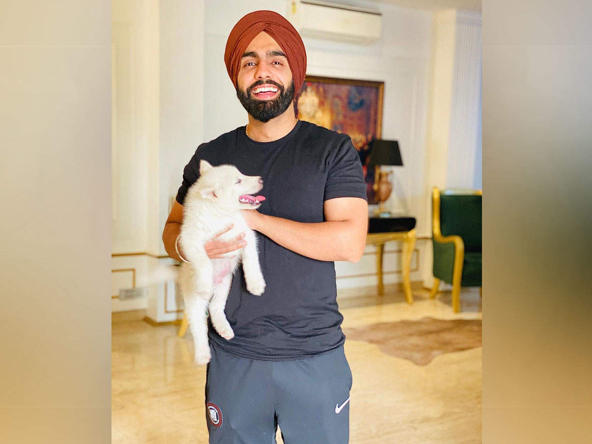 Ammy Virk S All Smile Picture With His Pet Barfi Virk Is Too Cute For Words