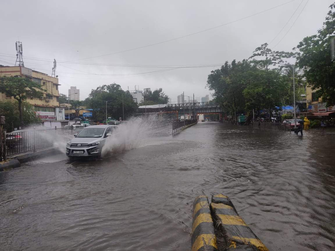 Watch: Heavy rains lash Mumbai on Friday