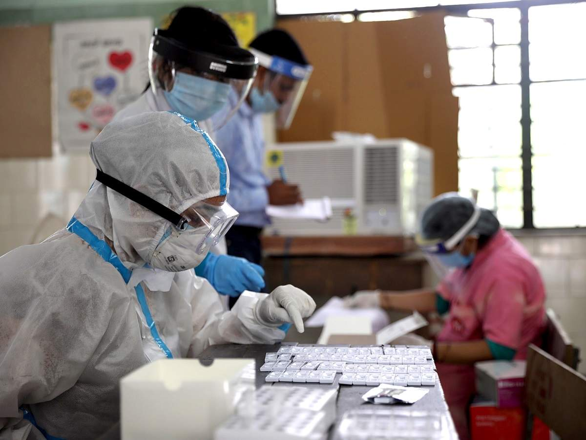 India sees highest single-day spike of 24,850 COVID-19 cases, tally reaches 6,73,165