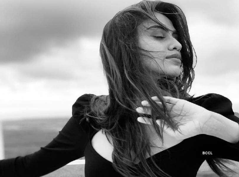 Apeksha Porwal: Let the wind kiss your face