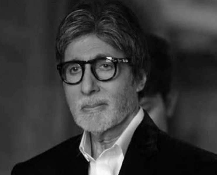 Amitabh Bachchan returns home after testing negative; feels sad that Abhishek has to remain in medical care
