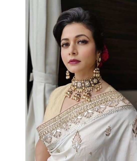Bengali actress Koel Mallick tests positive for COVID-19