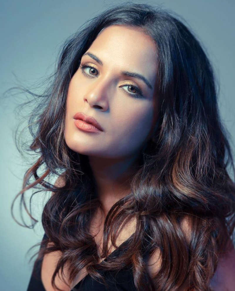 Richa Chadha slams a troll who questioned her 'silence' on Sushant Singh Rajput's demise