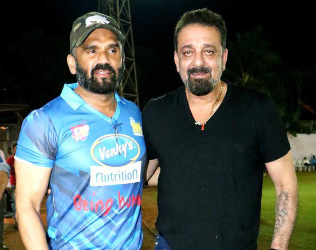 Sanjay Dutt and Suniel Shetty help Mumbai's dabbawalas amid Covid-19 outbreak
