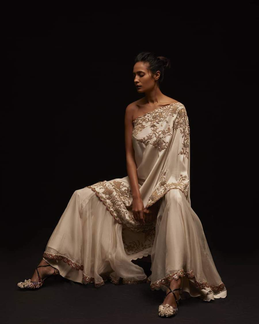 Know more about India's top trousseau designer Anamika Khanna