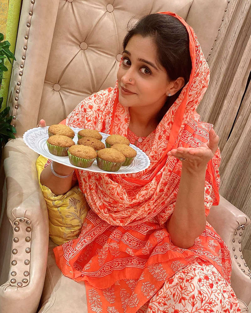 Dipika Kakar steps out for grocery shopping, shares pictures on social media