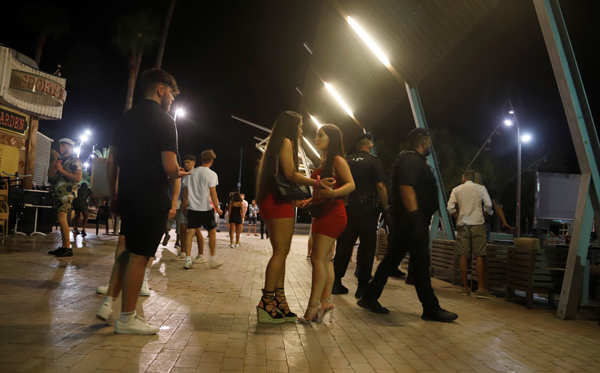 Visitors return to travel hotspots after lockdowns lifted