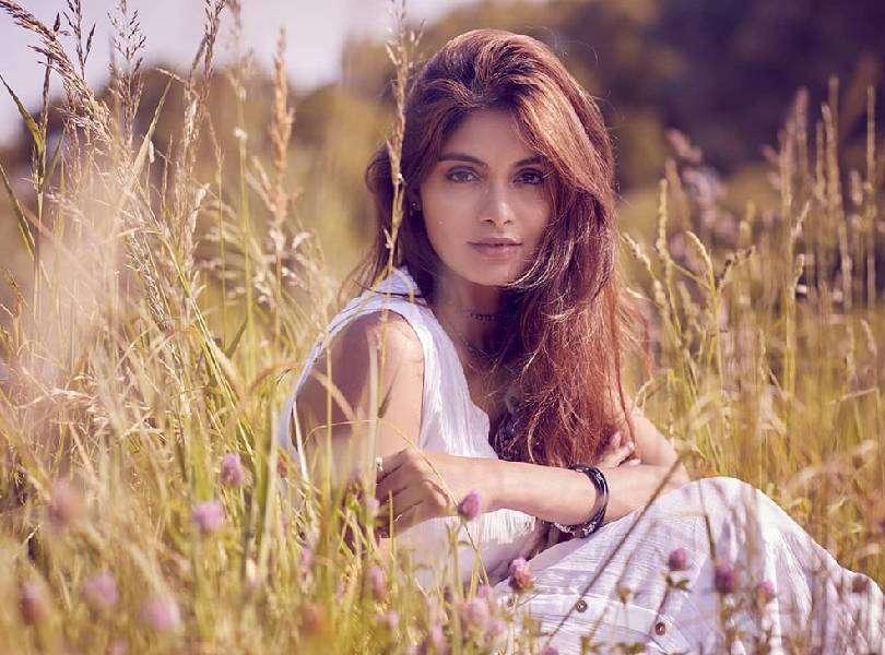 Aafreen Vaz speaks about how one should overcome false beauty concepts