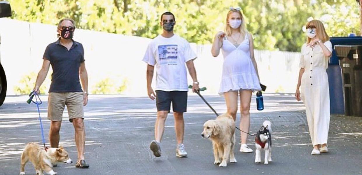 Priyanka Chopra's sister-in-law Sophie Turner & Joe Jonas welcome baby girl