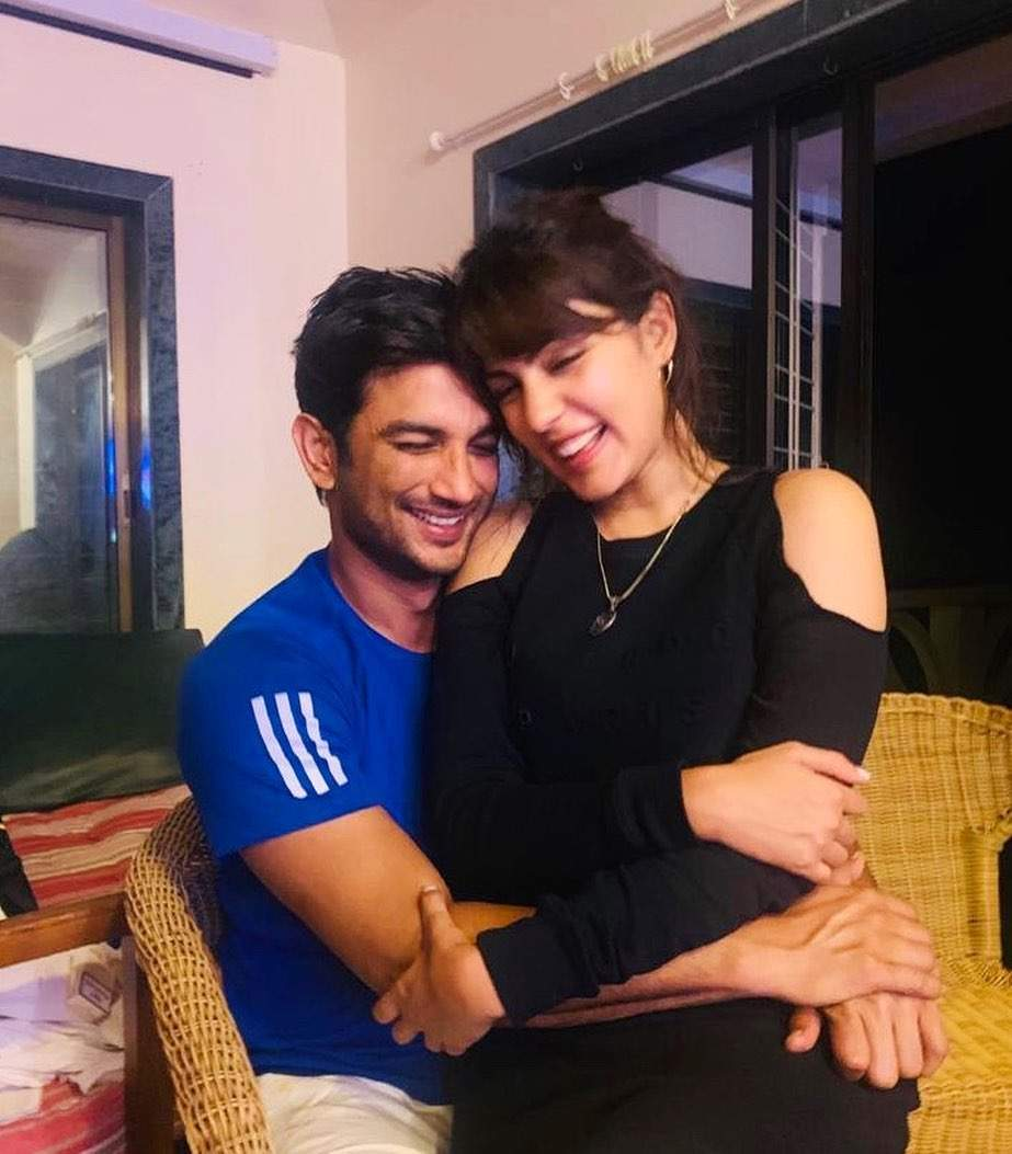 Sushant Singh Rajput's father registers FIR against the late actor's girlfriend Rhea Chakraborty for abetment of suicide