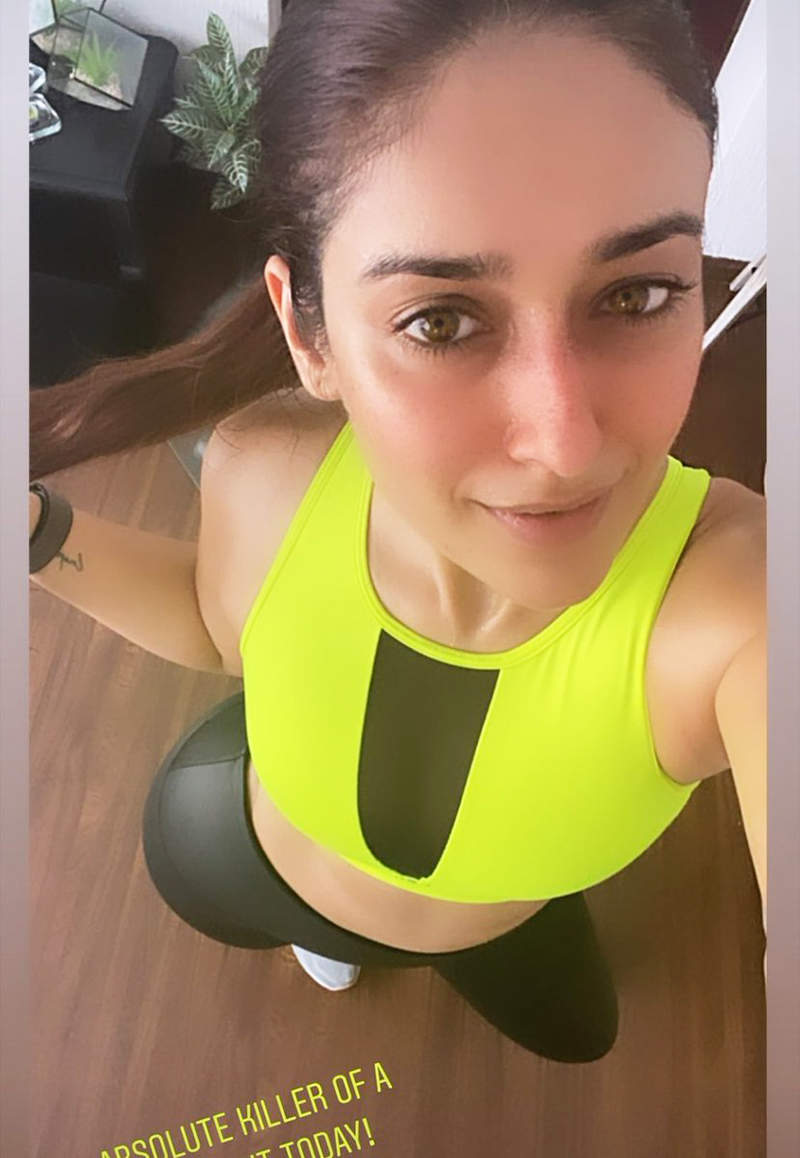 Ileana D'Cruz is teasing fans with her post workout selfies