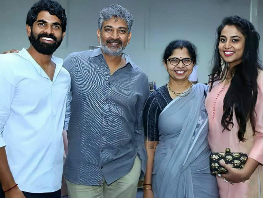 'Baahubali' director SS Rajamouli and family test positive for COVID-19