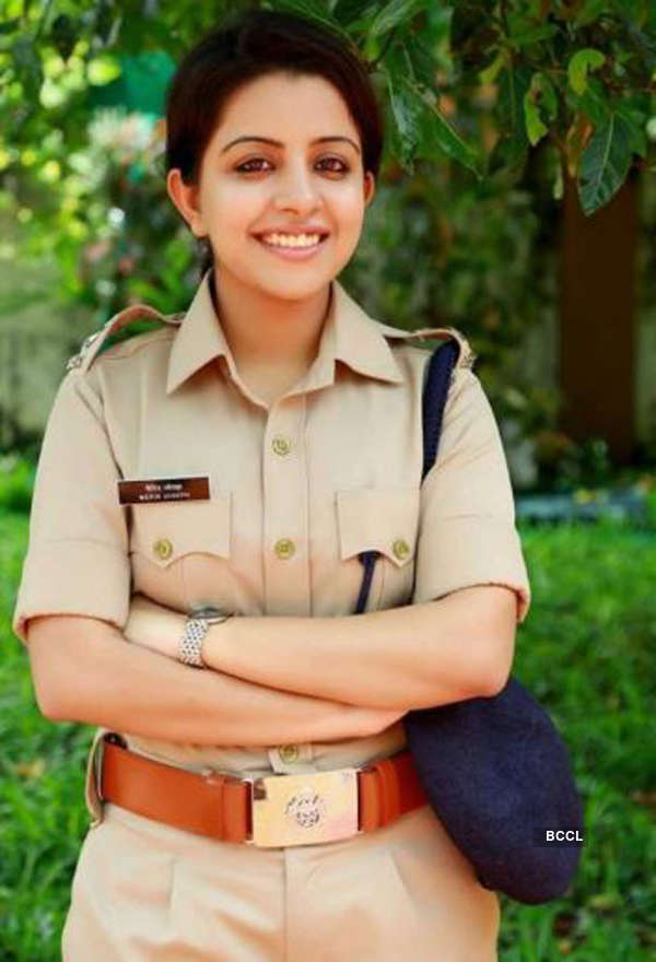 These women dress up to serve the nation