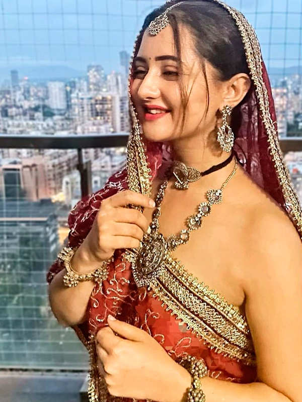 Former Bigg Boss 13 contestant Rashami Desai is a style diva in real life