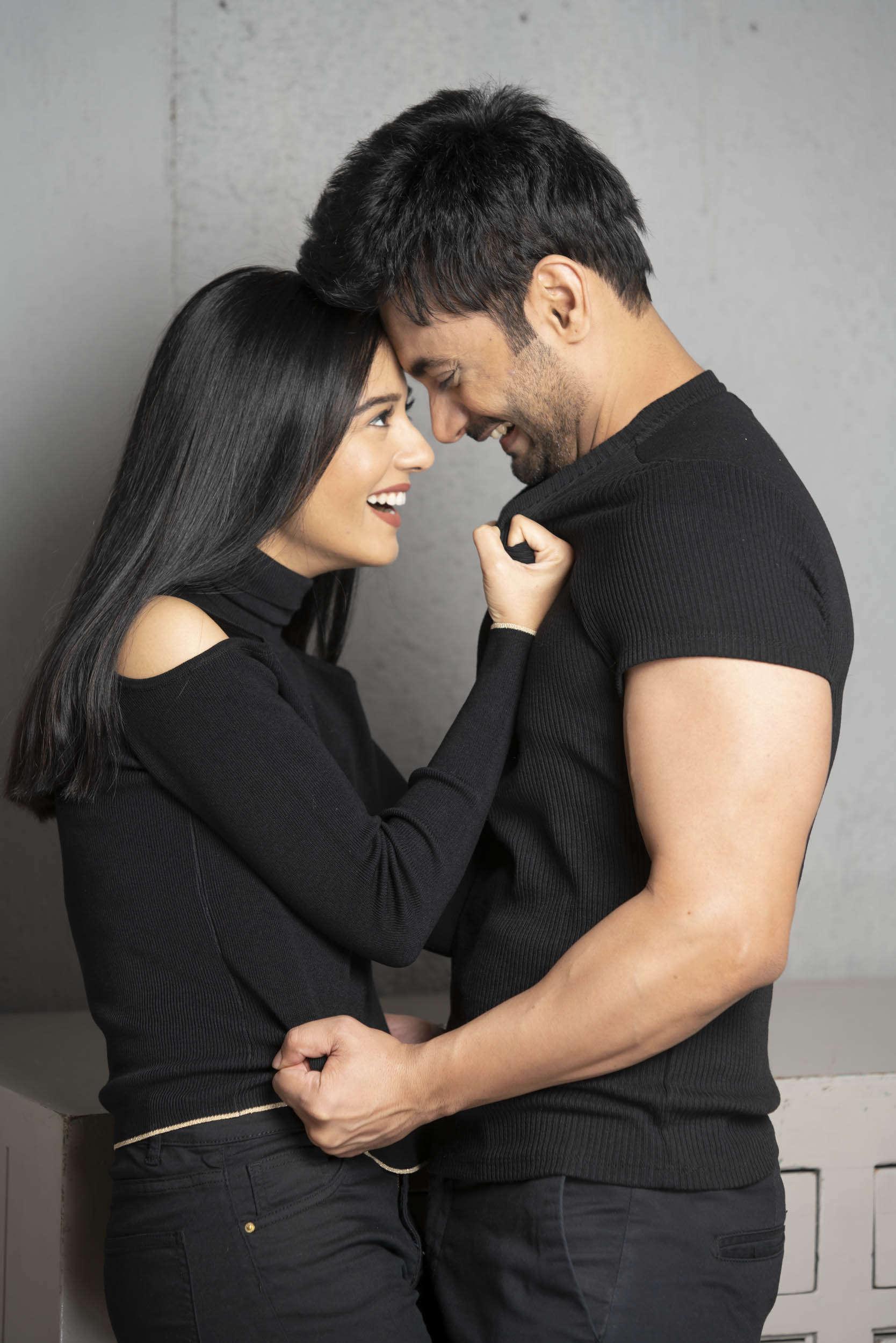 Vikram Bawa_20190107_001067_Amrita Rao and R J Anmol