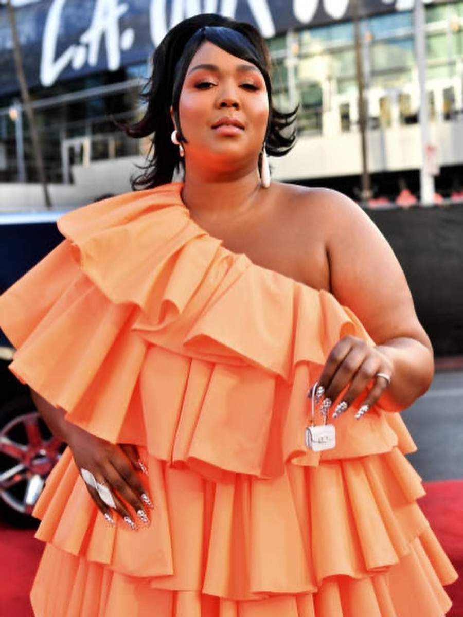 Meet singer-rapper and fashion idol Lizzo